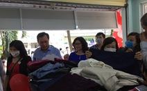 Gian hàng san sẻ yêu thương với bệnh nhân nghèo ở BV Nguyễn Tri Phương