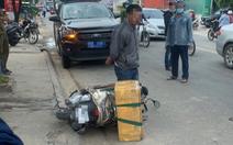Chở rắn hổ chúa 'khủng' nặng 20kg đi giao, người đàn ông bị công an tạm giữ