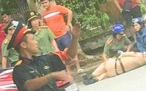 Video: Một thanh niên tông thẳng xe máy vào CSGT khiến một thượng sĩ bị thương nặng