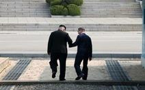 Hai lãnh đạo Hàn Quốc - Triều Tiên thư từ cảm thông hết mực