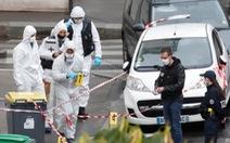 Nghi phạm nói tấn công bằng dao tại Paris nhắm vào tạp chí Charlie Hebdo