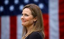 Các nghị sĩ Dân chủ tẩy chay, ứng viên thẩm phán tối cao Mỹ vẫn qua vòng đầu
