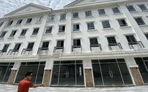 Nhà mua tổng diện tích 290,8 mét vuông, lúc nhận còn 265 mét vuông: Lỗi do... đánh máy?