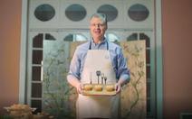 Xem clip đại sứ Mỹ làm bánh trung thu kết hợp truyền thống hai nước Việt - Mỹ