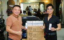 Danh ca Ngọc Sơn tặng 1000 chai nano bạc ITAMER