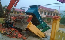 Cổng trường đổ, 3 học sinh tử vong: Bộ GD-ĐT yêu cầu rà soát công trình trường, lớp