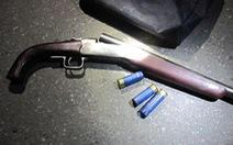 Truy bắt nhóm thanh niên dùng súng bắn trọng thương 2 người