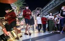 Thái Lan tăng 279 ca nhiễm COVID-19, Bangkok 'đóng cửa' một phần