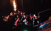 Người chăn bò rơi xuống hồ nước thải thiệt mạng, cảnh sát lặn tìm thi thể giữa khuya