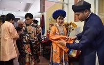 Bạn trẻ Sài Gòn thích thú tham gia ngày hội cổ phục
