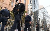 Cảnh sát bảo vệ trụ sở Twitter đối phó với khả năng biểu tình