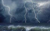 Biển Khánh Hòa đến Cà Mau buổi sáng gió giật, sóng lớn, chiều gió giảm dần