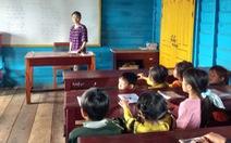 Cô giáo 18 tuổi dạy hơn 80 học trò Việt trên Biển Hồ