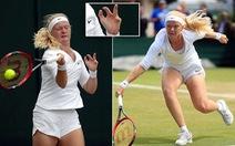 Cô gái có 8 ngón tay, 7 ngón chân, 'nhân tố bí ẩn' ở Giải Úc mở rộng