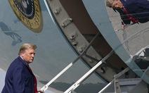 Ông Trump sẽ chia tay Nhà Trắng với 21 phát đại bác, ngồi Air Force One lần cuối?