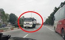 Tước bằng lái người chạy xe tải ngược chiều trên quốc lộ 1