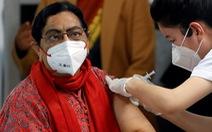 Vì sao hàng chục ngàn người Ấn Độ trốn tiêm vắc xin COVID-19?