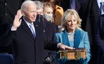 Tân tổng thống Biden tiếp nhận quyền lực trong êm thắm