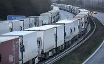 Giá cước tăng vọt, nhiều nhóm vận tải từ chối chuyển hàng hóa từ Pháp sang Anh