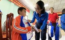 Cây mùa xuân mang Tết ấm cho học sinh vùng bão lũ Quảng Nam