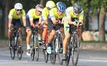 Gần 300 VĐV dự Giải đua xe đạp phong trào Mừng xuân - Mừng Đảng 2021
