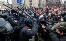 Nga bắt hơn 3.000 người biểu tình, Mỹ chỉ trích