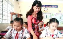 Nhà giáo nhân dân ở nơi 'học trò thích đi ghe hơn đi học'