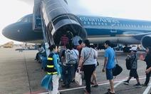 Dịch được kiểm soát, khách bắt đầu đi máy bay trở lại