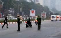 Xử lý tài xế xe máy lao theo đoàn xe phục vụ Đại hội Đảng XIII