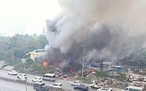 Cháy chợ Xanh Linh Đàm, nhiều tiểu thương hoảng loạn tháo chạy