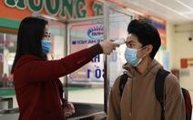 Hành khách Hà Nội phải đeo khẩu trang, đo thân nhiệt, khai báo y tế khi lên xe