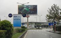 Sân bay Phú Bài dừng bán vé xe máy vào cổng sân bay