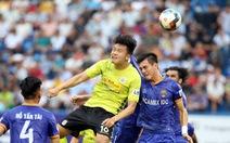 CLB phải đưa tiền đạo U21 ra sân ở V-League: Nhiệm vụ bất khả thi