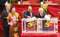 Hình ảnh các đại biểu Đại hội Đảng bỏ phiếu bầu Ban Chấp hành Trung ương khóa XIII
