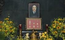 Xúc động tang lễ NSND Trung Kiên, gia đình từ chối nhận vòng hoa và phúng điếu