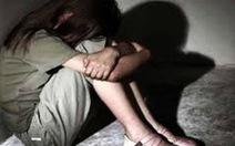 Bắt tạm giam người bố hiếp dâm con ruột từ năm 2017 đến nay