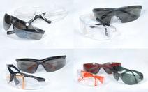 Mắt kính bảo hộ Double Shield bán tại nhà thuốc Pharmacity
