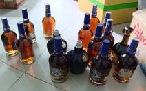 Phá cơ sở sản xuất rượu XO, Chivas giả