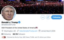 Ông Trump đăng gì trên Twitter mà bị khóa tài khoản?
