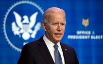 Ông Biden gọi những kẻ bạo loạn ở Điện Capitol là 'khủng bố', chỉ trích ông Trump