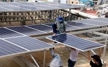 Điện mặt trời áp mái 'ngóng' giá mới