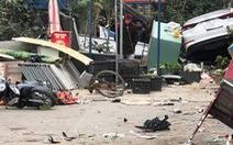 Ô tô lao vào chợ bên đường, nhiều người bị thương