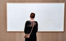 'Bức tranh' giá 84.000 USD ở bảo tàng là khung tranh trắng với dòng chữ: 'Ôm tiền và biến'