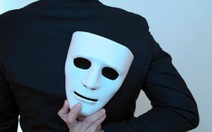 Tin tặc nhái giọng giám đốc lấy cắp 35 triệu USD