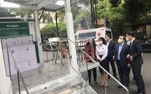 Hà Nội tiếp nhận 60 xe cứu thương, xe tiêm chủng vắc xin lưu động