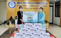 Vinamilk trao tặng 50.000 sản phẩm ColosGold cho con em y bác sĩ tuyến đầu