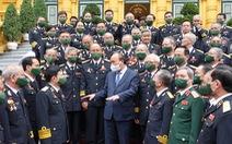 Chủ tịch nước Nguyễn Xuân Phúc gặp mặt cựu binh mở đường Hồ Chí Minh trên biển