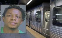 10 hành khách làm ngơ vụ cưỡng hiếp phụ nữ trên tàu điện ngầm ở Mỹ
