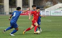 Thắng chật vật U23 Đài Loan, bóng đá Việt Nam khó có thể vui