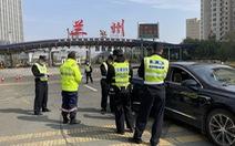 Trung Quốc phong tỏa thành phố Lan Châu, xe buýt và taxi ngừng chạy